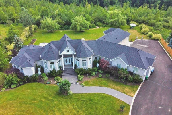 11 Rolling Meadow Dr, Caledon