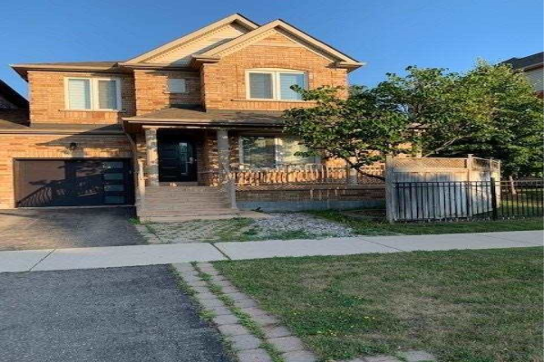 3156 Bentley Dr, Mississauga
