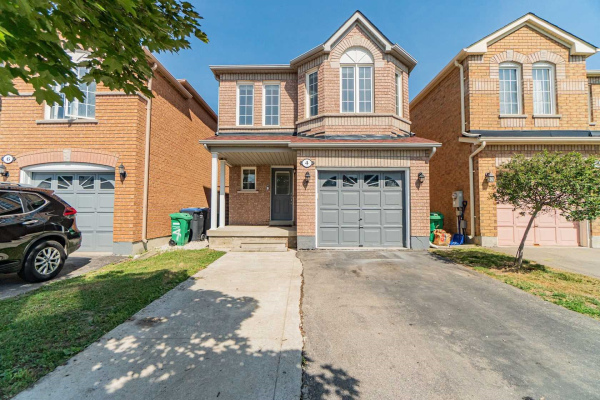 4 Eastview Gate, Brampton
