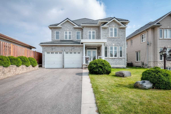 3209 Rolling Stone Crt, Mississauga