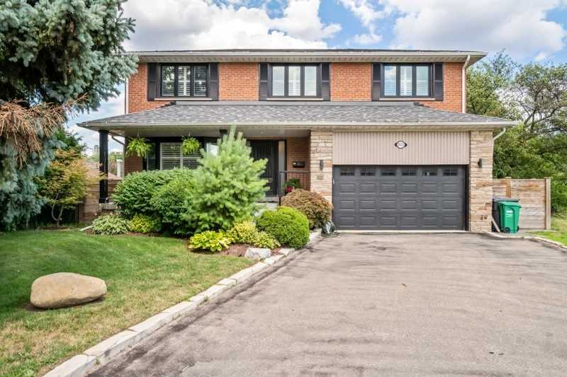 2021 Proverbs Dr, Mississauga