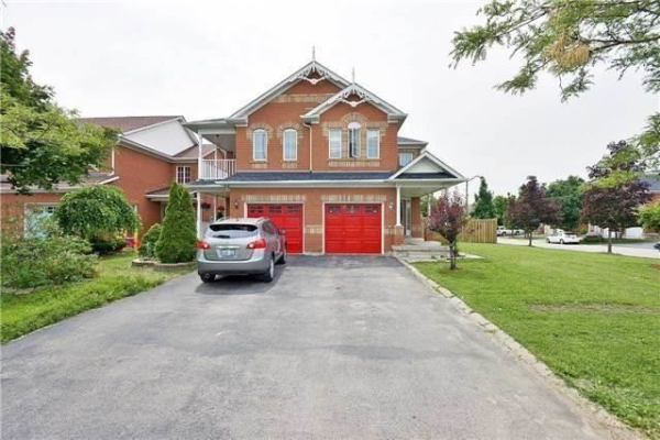 838 Golden Farmer Way, Mississauga