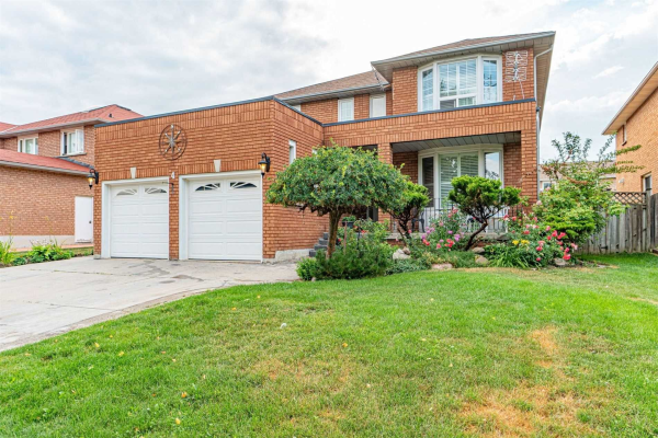 4 Worth Ave, Brampton