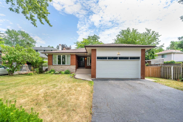 250 Timothy Crt, Mississauga