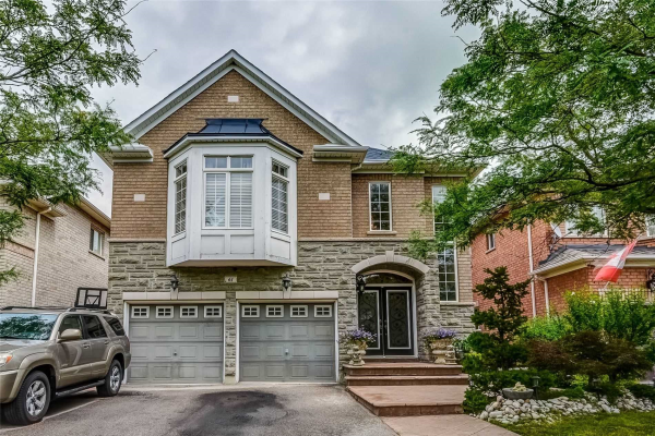 61 Showboat Cres, Brampton