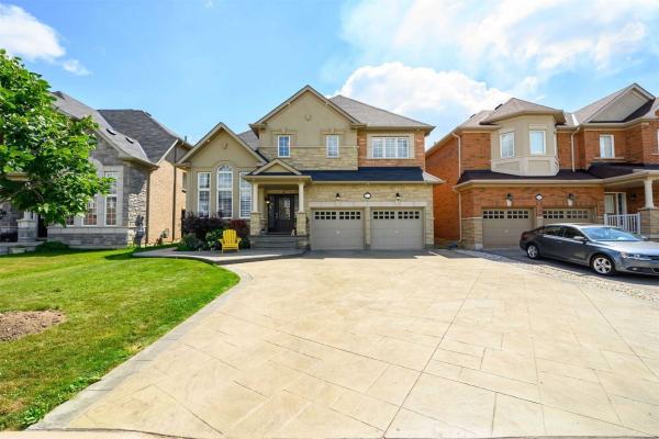 211 Niagara Tr, Halton Hills