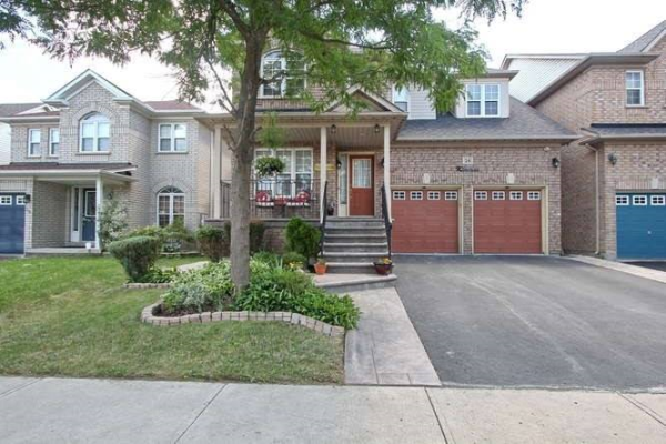 26 Valley Park Cres