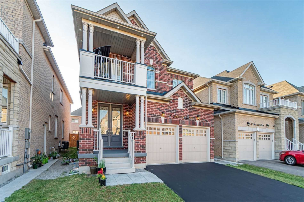 $1,299,900 • 12 Amaretto Crt , Credit Valley