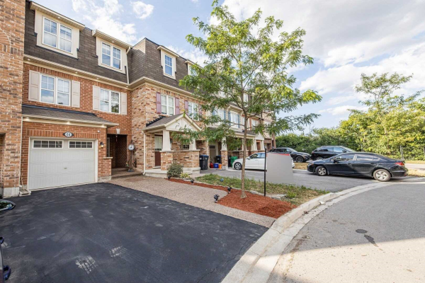 68 Colonel Frank Ching Cres, Brampton