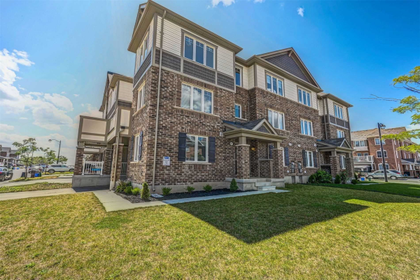 131 Bond Head Crt, Milton