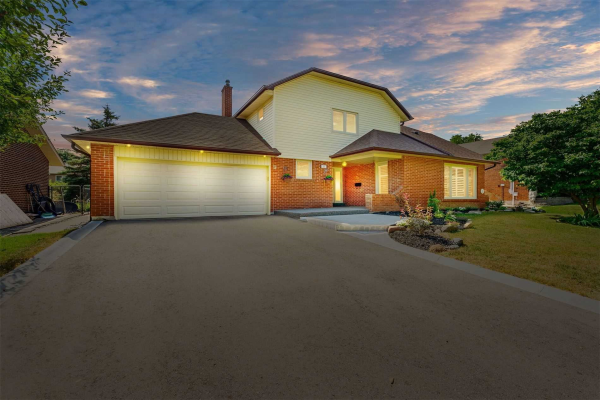 $948,000 • 51 Carnforth Dr