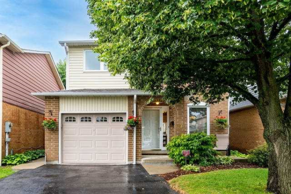 17 Wikander Way, Brampton