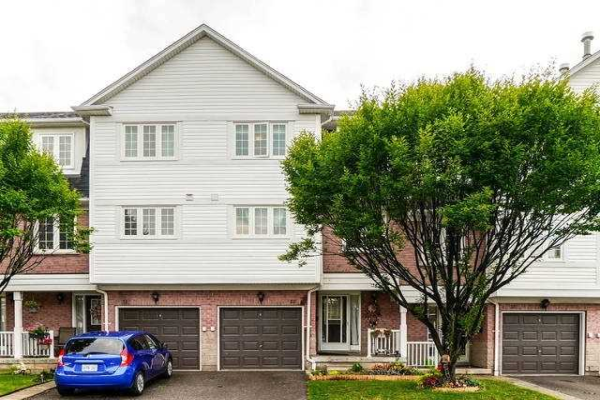 6810 Meadowvale Town Cent Circ, Mississauga