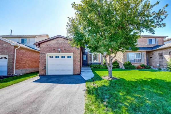2216 Hunt Cres, Burlington