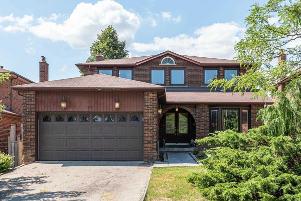 1607 Carrington Rd, Mississauga