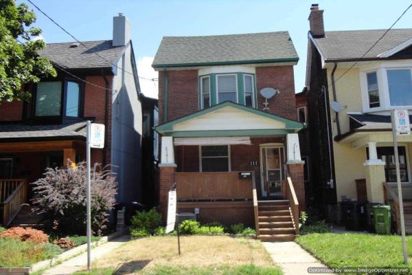 111 Uxbridge Ave, Toronto
