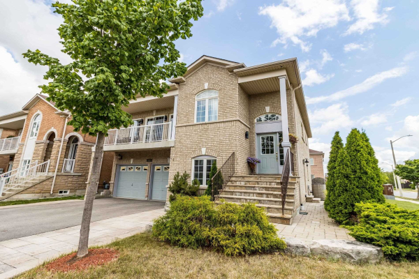 2 Sir Jacobs Cres, Brampton