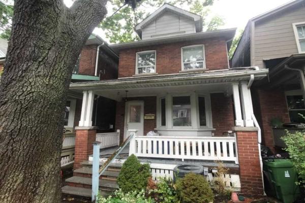 134 Gilmour Ave, Toronto