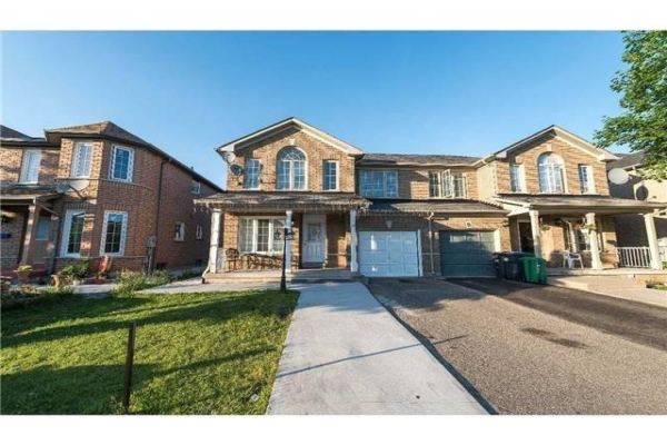 11 Flatlands Way, Brampton