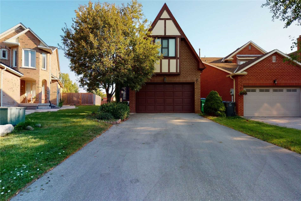 4480 Sawmill Valley Dr, Mississauga