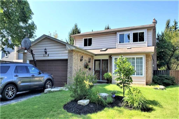 3574 Pitch Pine Cres, Mississauga