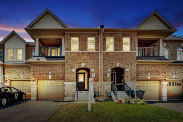 36 Hogan Manor Dr, Brampton
