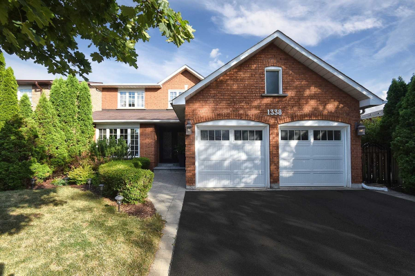 1338 Greenridge Circ, Oakville