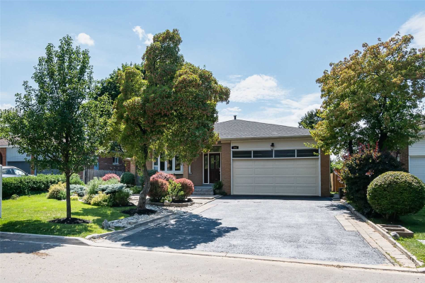494 Valleyview Cres, Milton