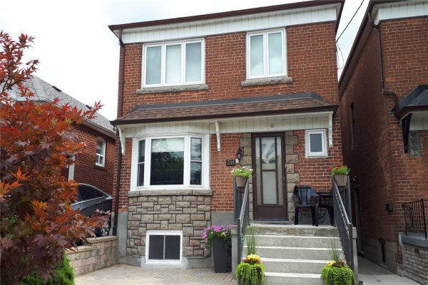 211 Bowie Ave, Toronto