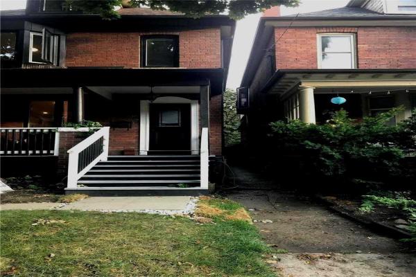 55 Harvard Ave, Toronto