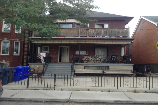 179 St.Clarens Ave, Toronto