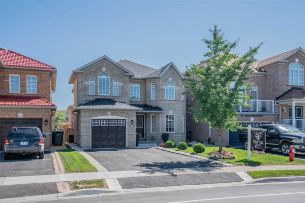 85 Queen Mary Dr, Brampton