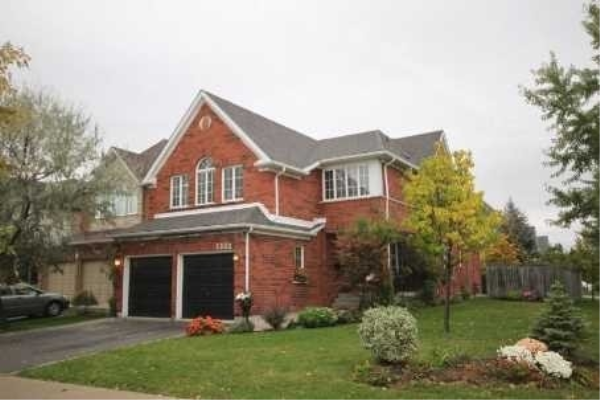 5332 Russell View Rd, Mississauga