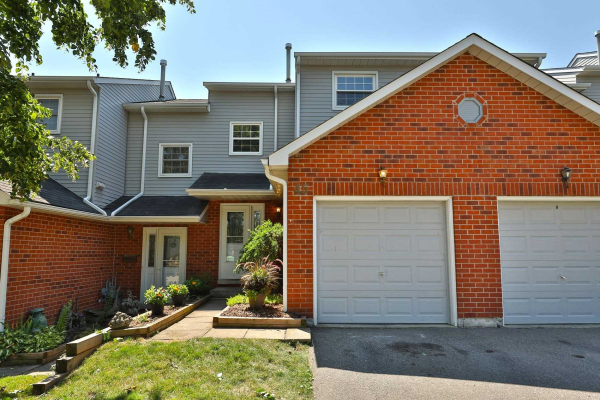 2065 Amherst Heights Crt, Burlington