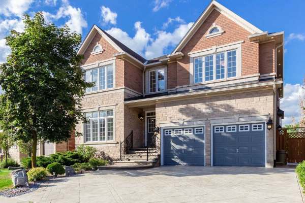 2479 Meadowridge Dr, Oakville