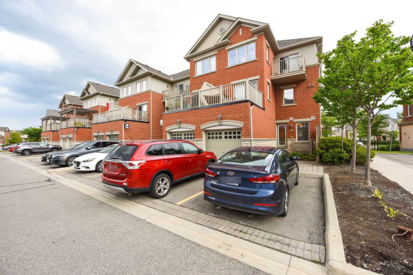 3375 Thomas St, Mississauga