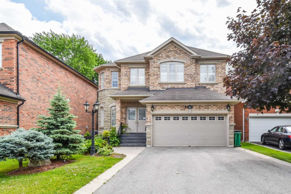 1642 Barbertown Rd, Mississauga