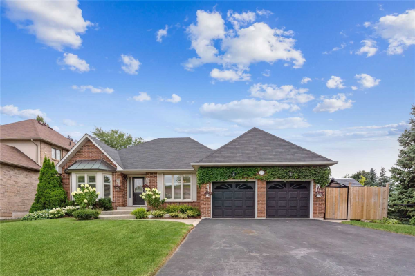 2112 Westoak Trails Blvd, Oakville