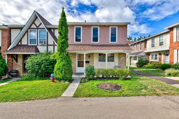 2250 Upper Middle Rd, Burlington