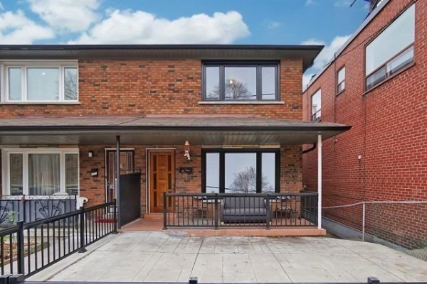 1353 Davenport Rd, Toronto