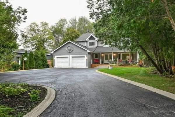 1671 Forks Of The Credit Rd, Caledon
