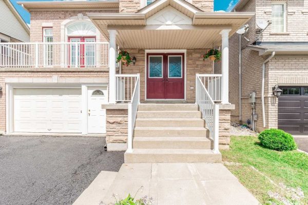 5 Flatbush Lane, Brampton