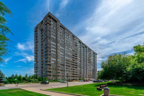 1580 Mississauga Valley Blvd, Mississauga