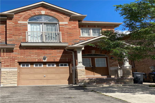 45 Crystalview Cres