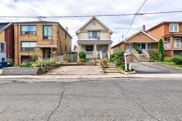 38 Eversfield Rd, Toronto