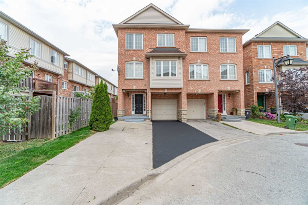 22 Pedigree Mews, Toronto
