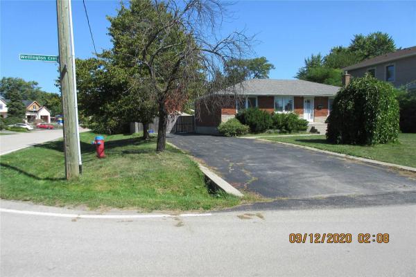 575 Wellington Cres, Oakville