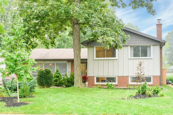 480 Forestwood Cres, Burlington
