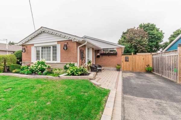 14 Fairfield Ave, Brampton
