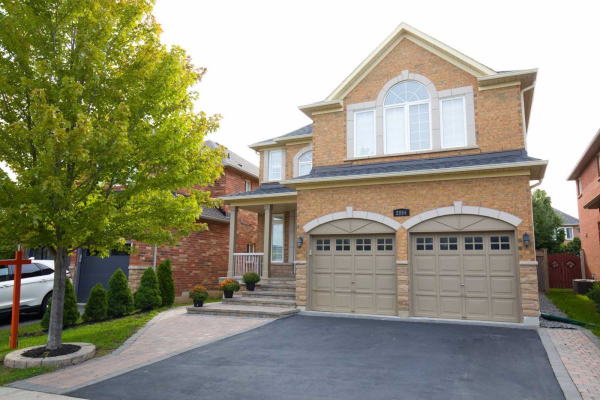 2054 Kingsridge Dr, Oakville